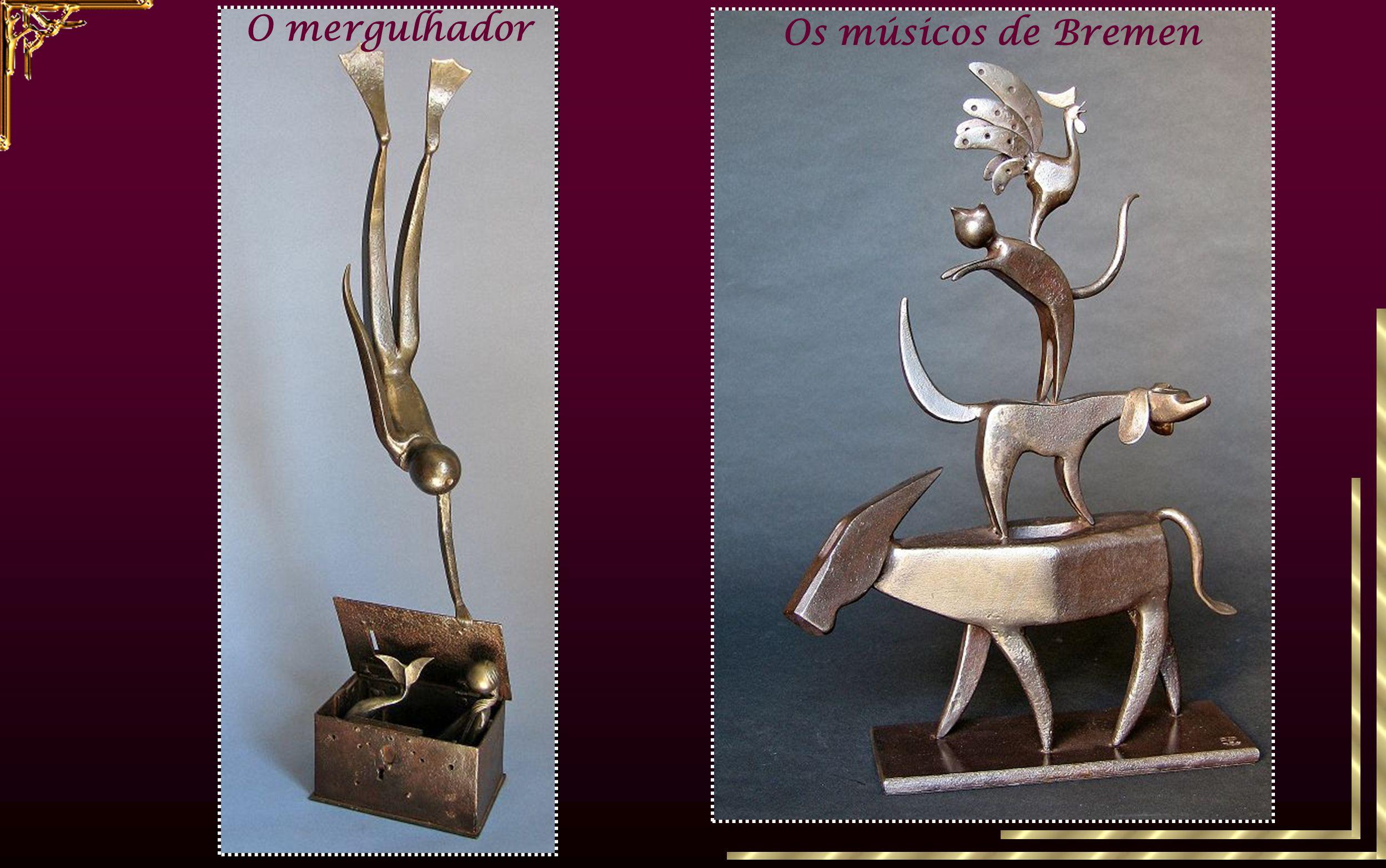 ferramentas antigas objectos de ferro O escultor encontra a sua inspiração em ferramentas antigas ou em objectos de ferro que ele transforma, por mont