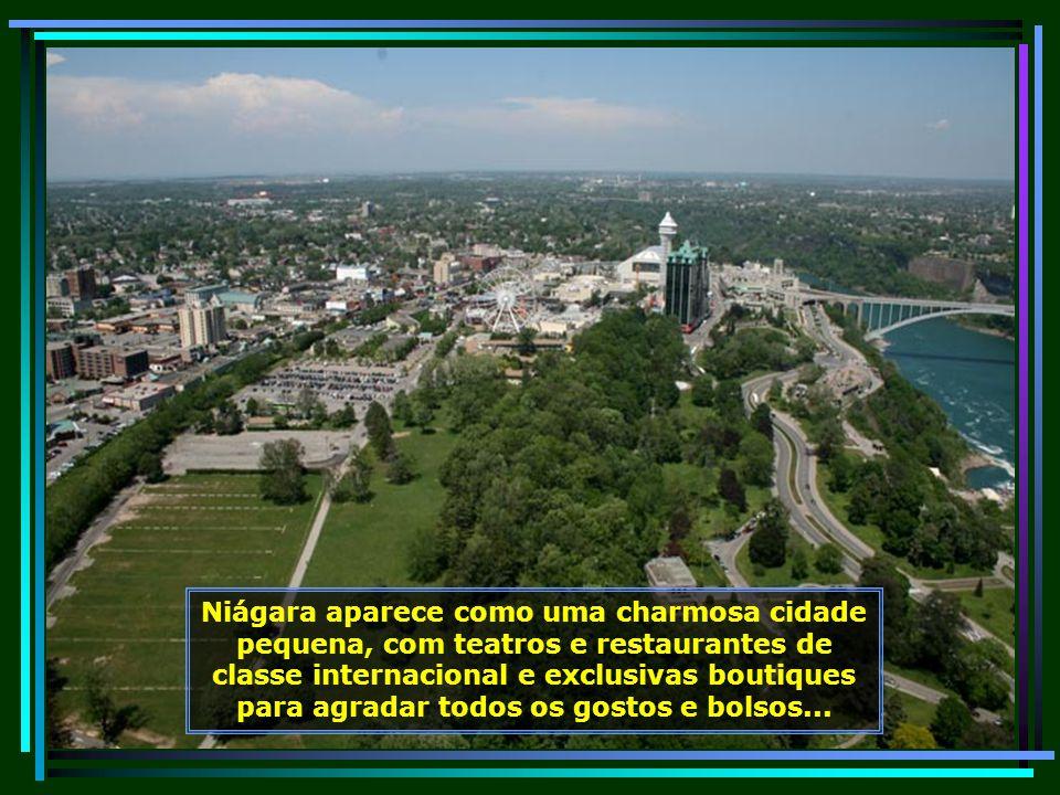 O primeiro homem branco a ver Niágara foi o explorador francês Louis Hennepin, em 1678.