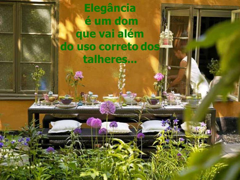 Elegante é quem presenteia fora das datas festivas