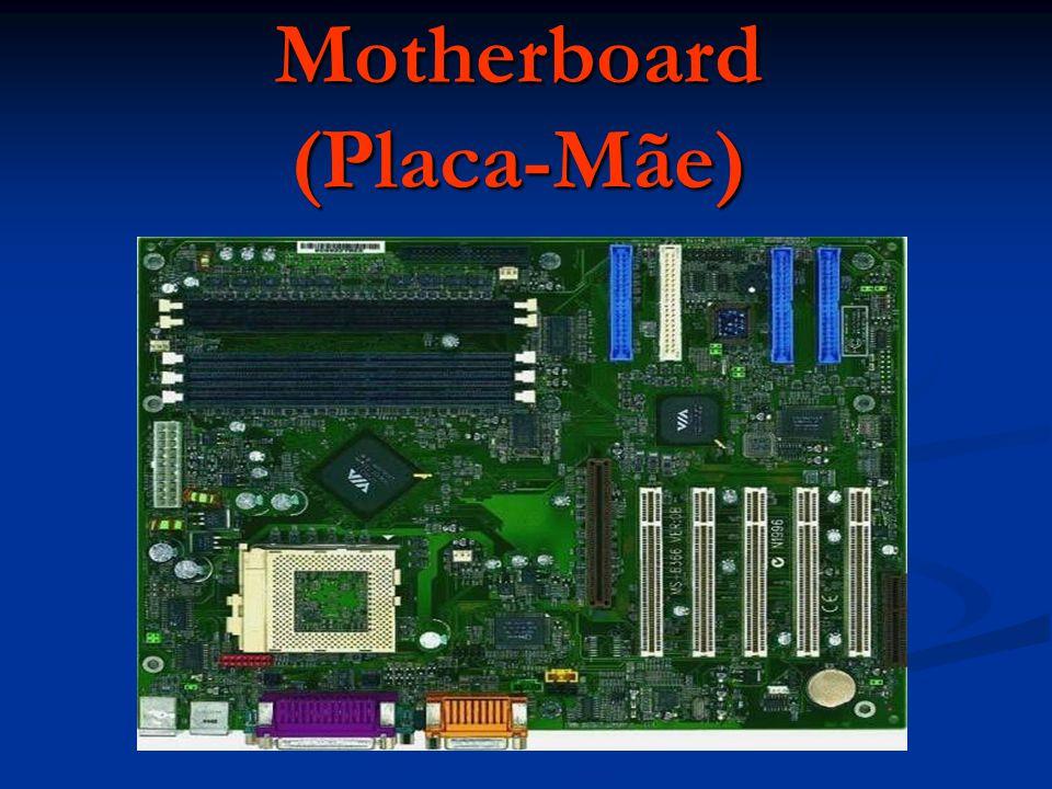 É a placa mais importante do computador é nela que se vai ligar todos os componentes.