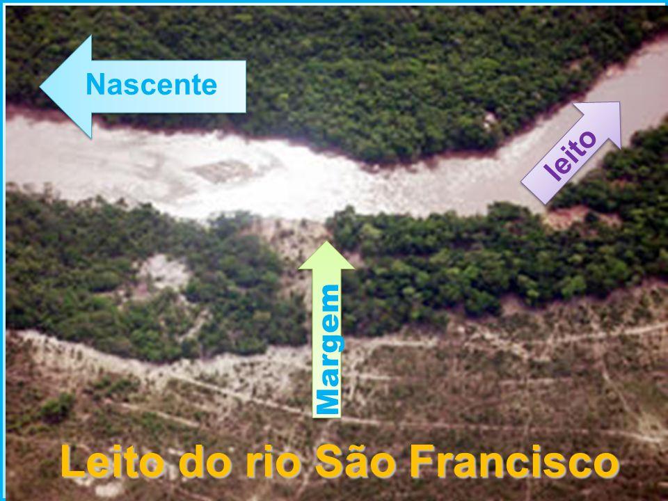 Leito do rio São Francisco Margem leito Nascente