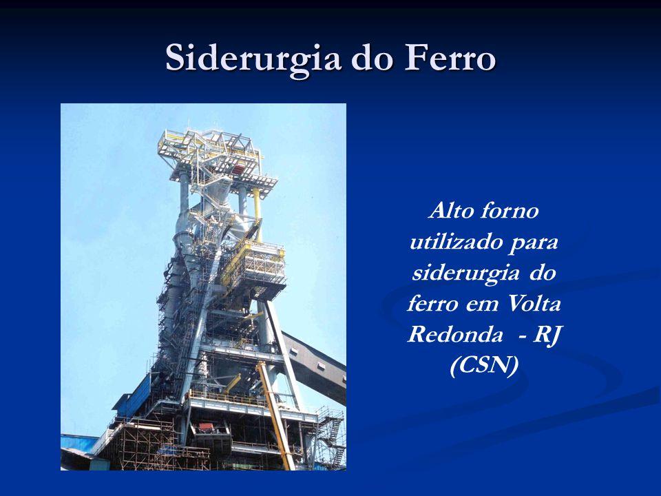 Alto forno utilizado para siderurgia do ferro em Volta Redonda - RJ (CSN)