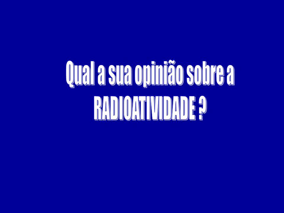 01) Uma substância radiativa tem meia-vida de 8h.