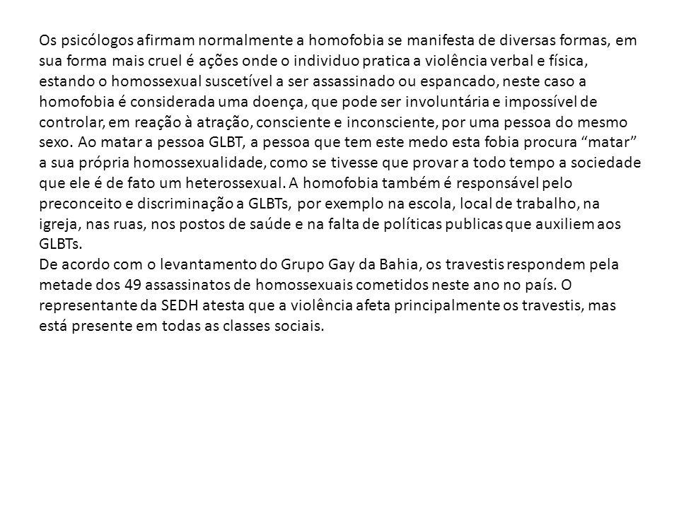 O código penal militar não proíbe nem condena a presença de homossexuais nas Forças Armadas, afirma o promotor de justiça militar Jorge César de Assis.