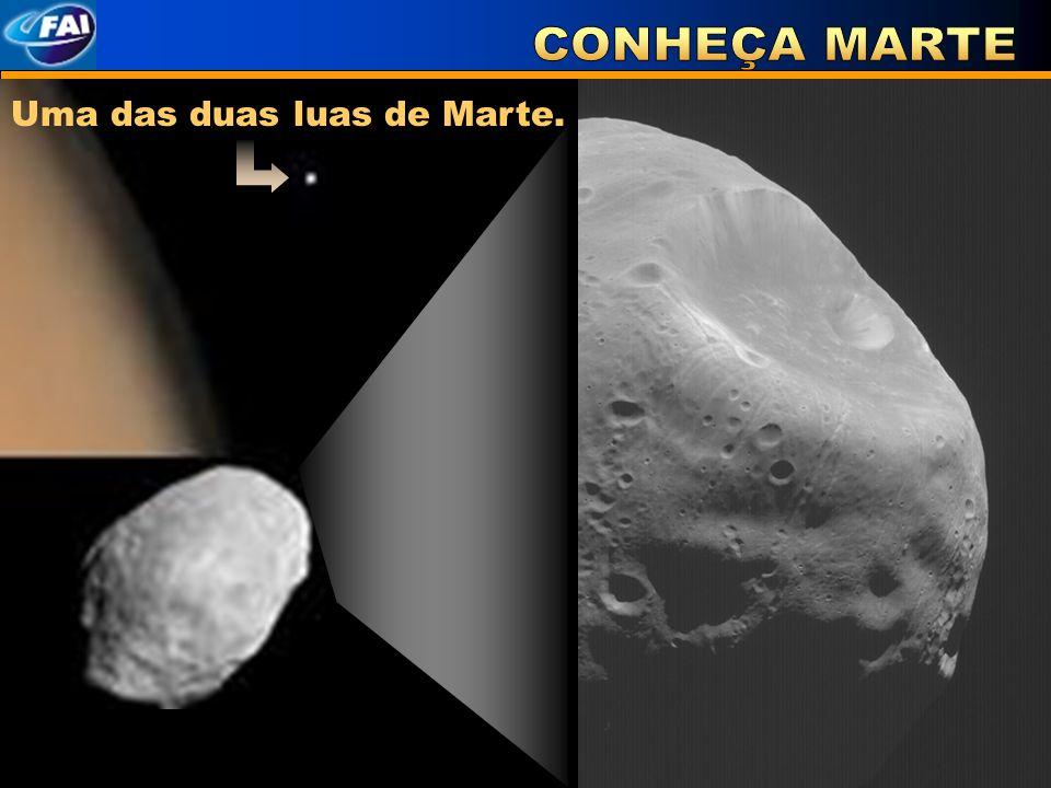 Uma das duas luas de Marte.