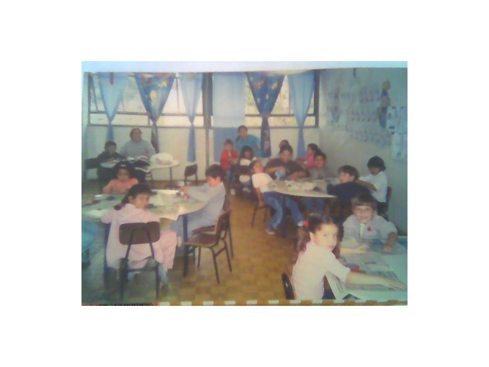 HISTÓRIAS DO INSTITUTO ESTADUAL DE EDUCAÇÃO ASSIS CHATEAUBRIAND Apresentação construída pelo professor : José Edimilson Machado Kober Colaborações especiais: Prof.