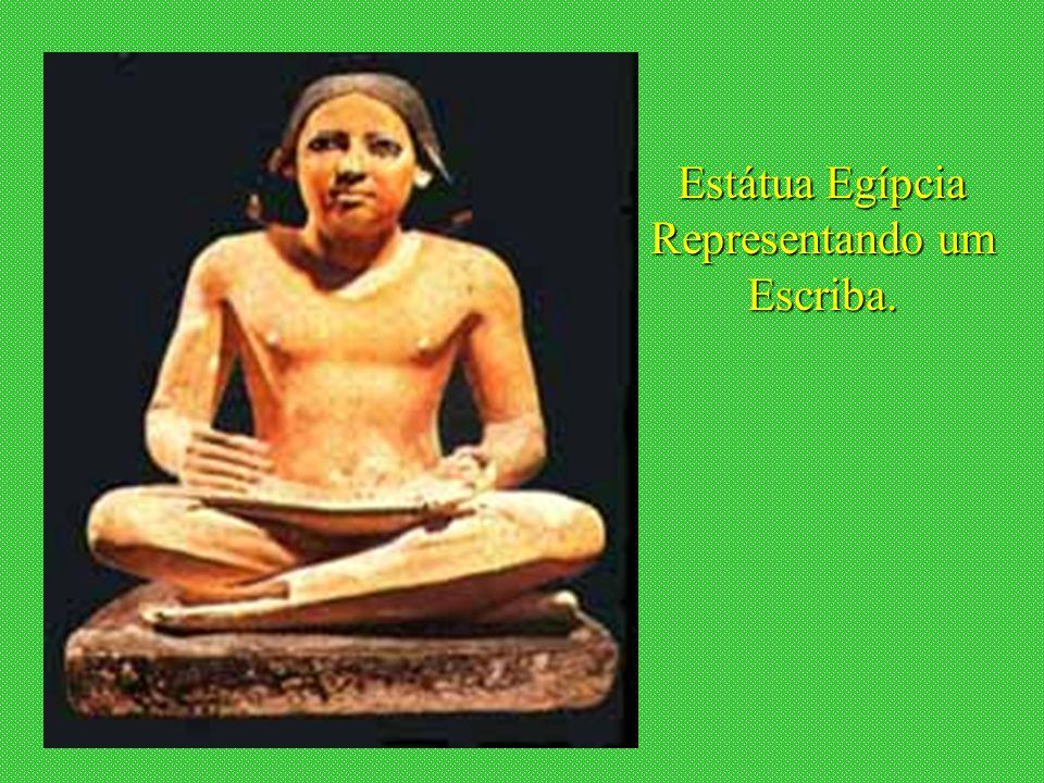 janeiro - 2201Carinho - Adilson Estátua Egípcia Representando um Escriba.