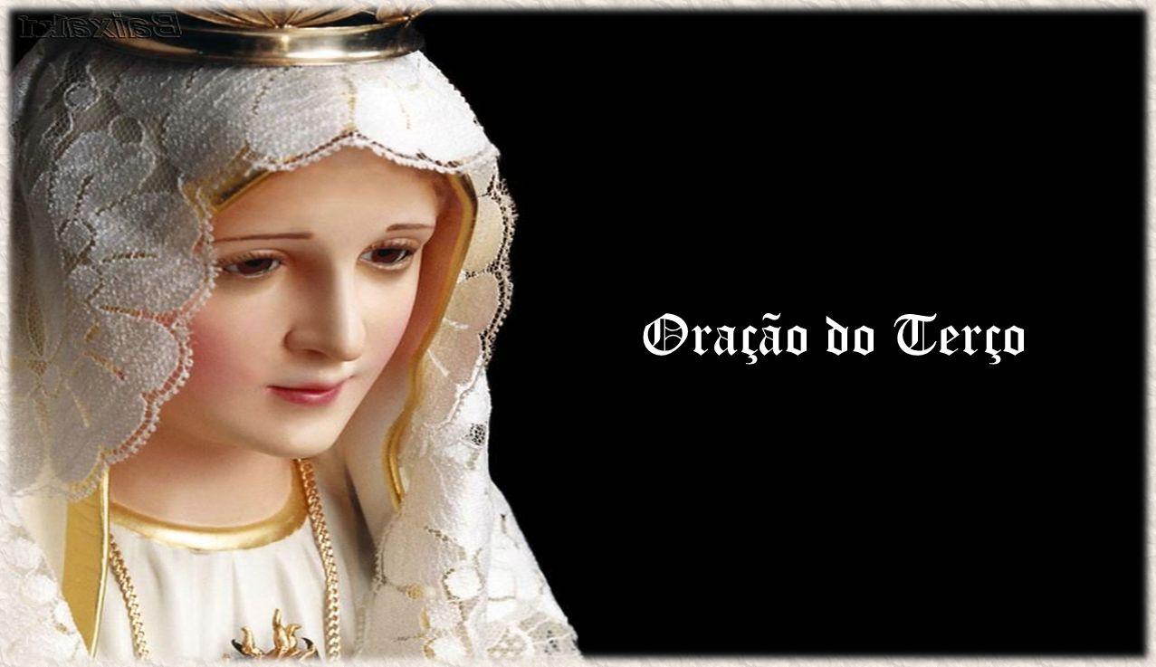 E encarnou pelo Espírito Santo, no seio da Virgem Maria.
