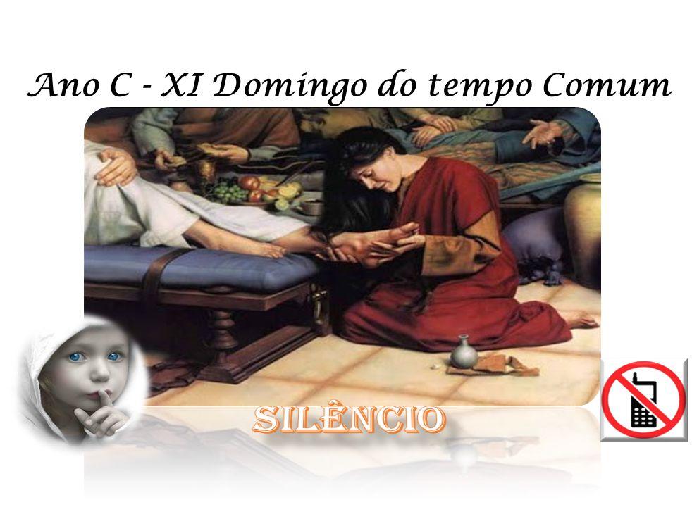 Eles não viram aquela mulher que, tocada pelo perdão de Jesus, perfumou toda a casa com o seu amor agradecido.