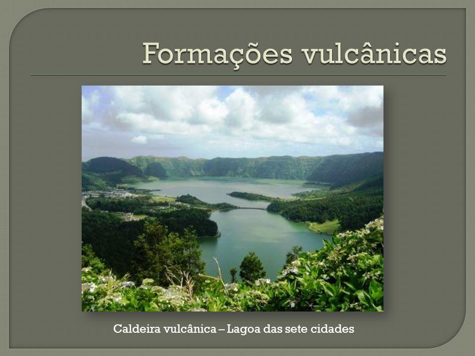 Caldeira vulcânica – Lagoa das sete cidades