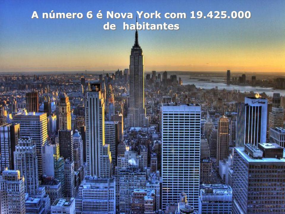 A número 7 é Shangai (China) com 16.575.000 de habitantes Como país, a China tem 1.300 milhões de habitantes, A mesma poulação que, em 1939, tinha o M