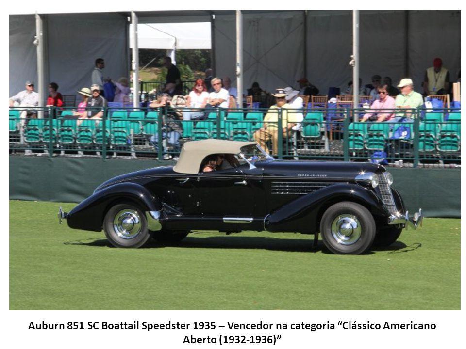 Packard 1508 Convertible Sedan 1937 – Vencedor na categoria Clássico Americano Aberto (1937-1948)