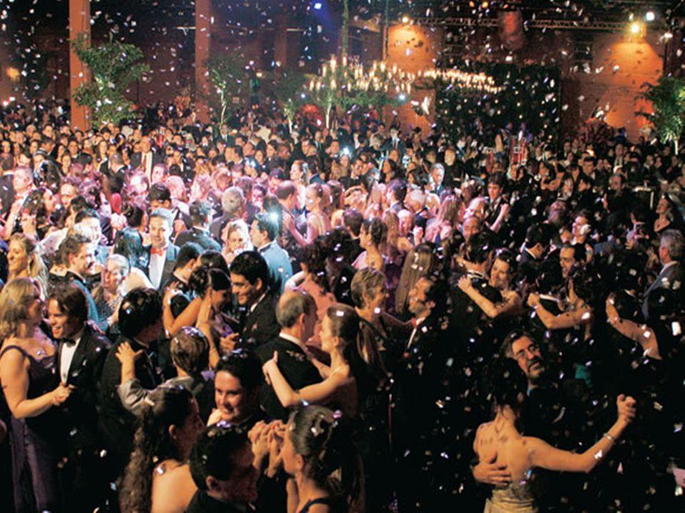 Poesia A Gotinha (Gilberto Gaspar) A Gotinha (Gilberto Gaspar) Desceu dançando, que bonito o seu bailado Pelo Sol iluminado, seu vestido é furta-cor.