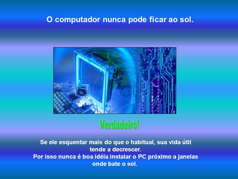 Ao desligar o computador convém também desligar o monitor. Outra vez, tanto faz. Ao desligar a CPU, o monitor fica num estado em que consome muito pou
