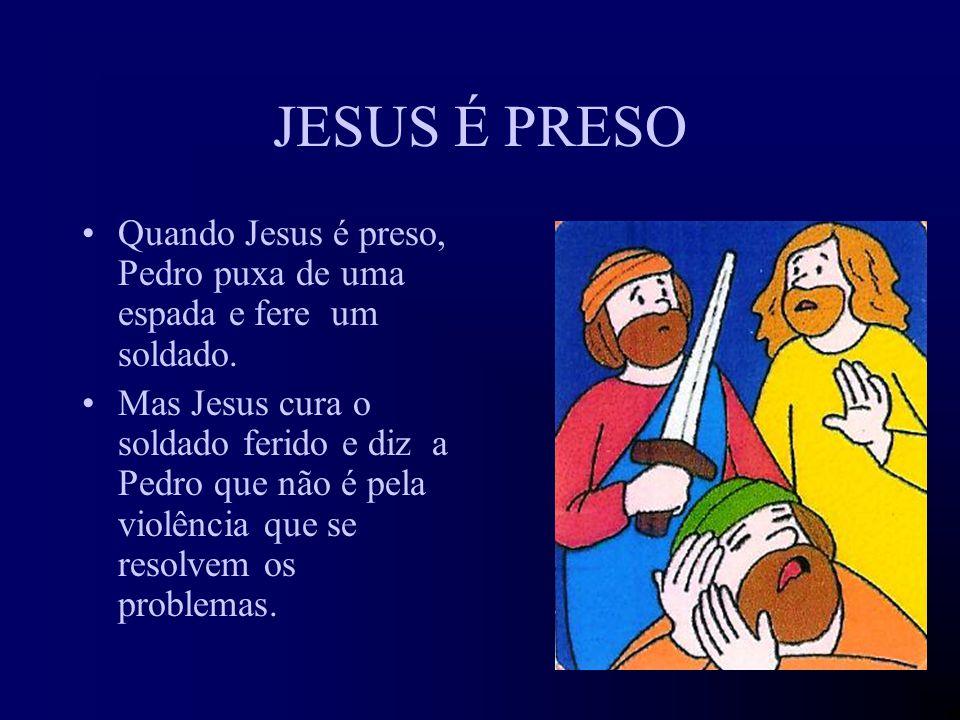 JESUS SABE QUE NÃO TEM SÓ AMIGOS Jesus avisa os seus amigos de que não vai ser fácil ficar com ele até ao fim, pois há quem lhe queira fazer mal. Mas