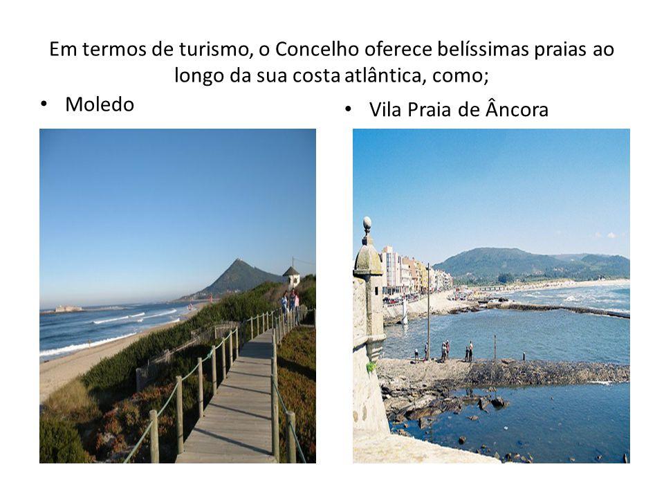 Quase em frente à praia do Moledo, no estuário do Minho, a ilha de Ínsua ainda exibe; O Convento A Igreja e o Farol