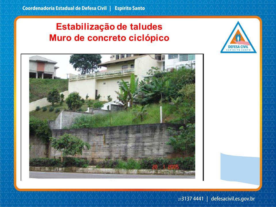Estabilização de taludes Muro de concreto ciclópico
