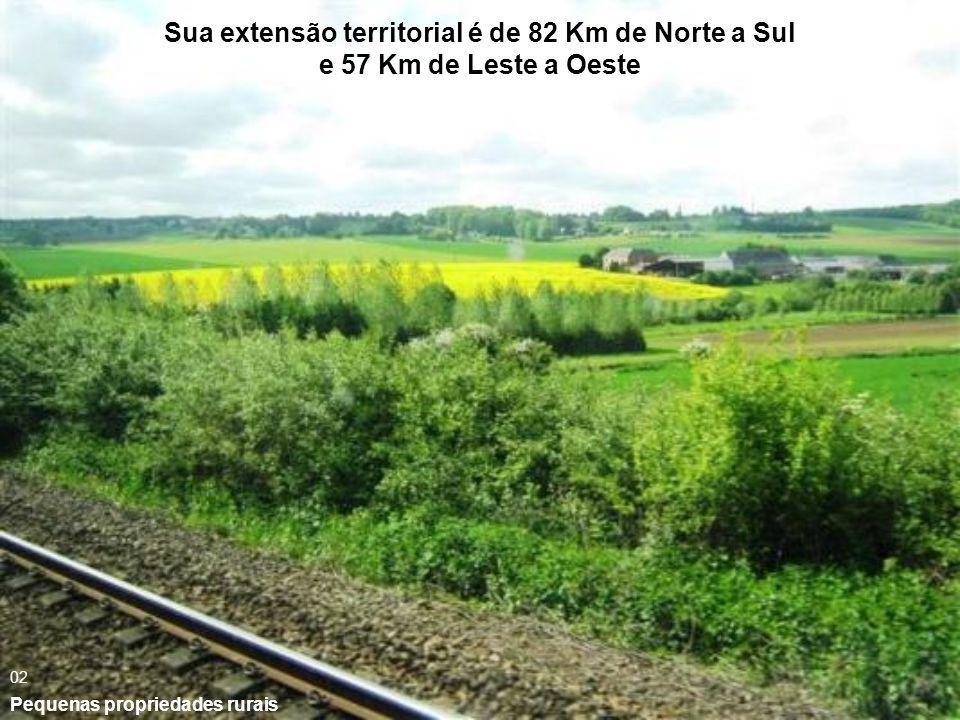 Sua extensão territorial é de 82 Km de Norte a Sul e 57 Km de Leste a Oeste Pequenas propriedades rurais 02