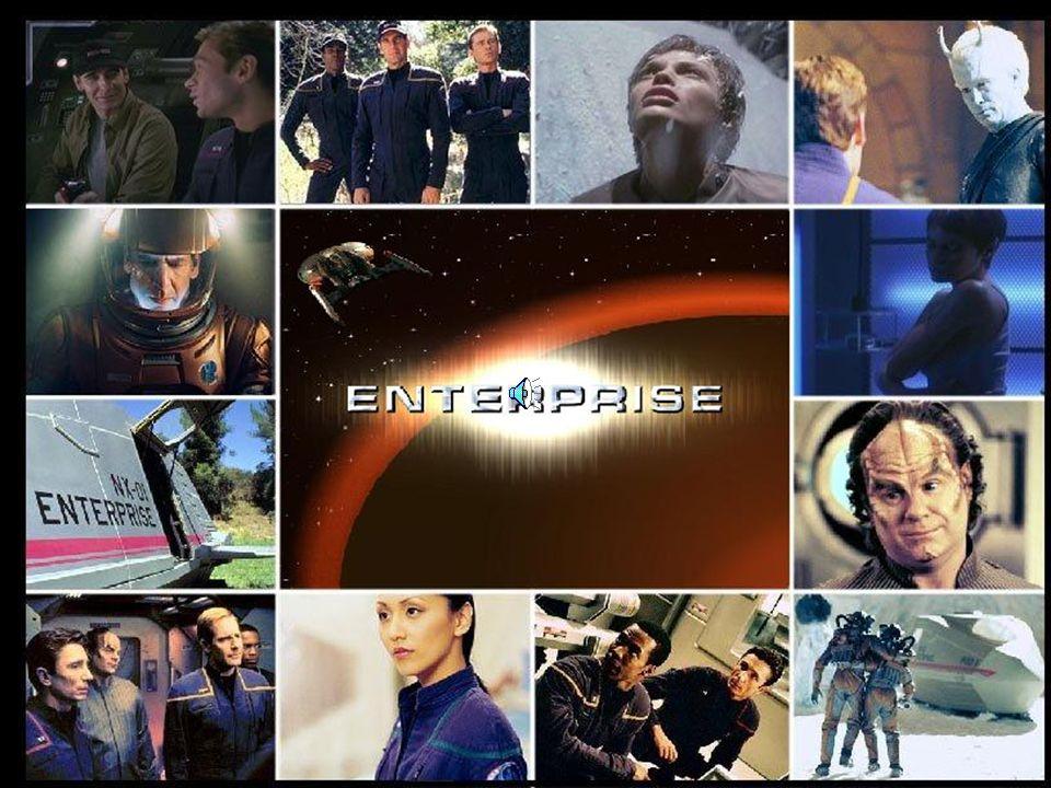 Voyager teve como principal diferencial das outras séries o fato de uma nave desse porte ser comandada por uma mulher, a Capitã Kathryn Janeway. Logo