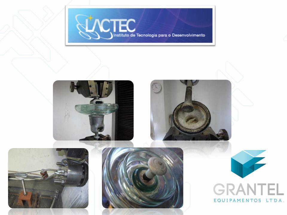 Máquina para Ensaio de Flexão e Torção 25 kN – 5,5 M Tração Até 2200 kN Dispositivo de Teste de Vulcanização Inspeção da massa misturada de borracha de silicone durante o processo de produção.
