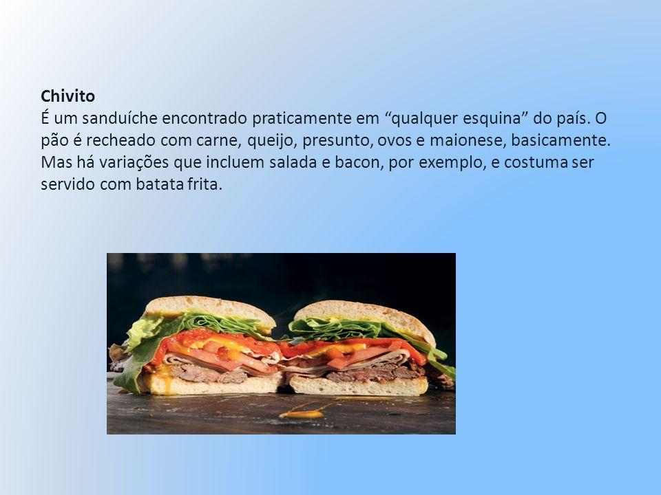 Chivito É um sanduíche encontrado praticamente em qualquer esquina do país. O pão é recheado com carne, queijo, presunto, ovos e maionese, basicamente