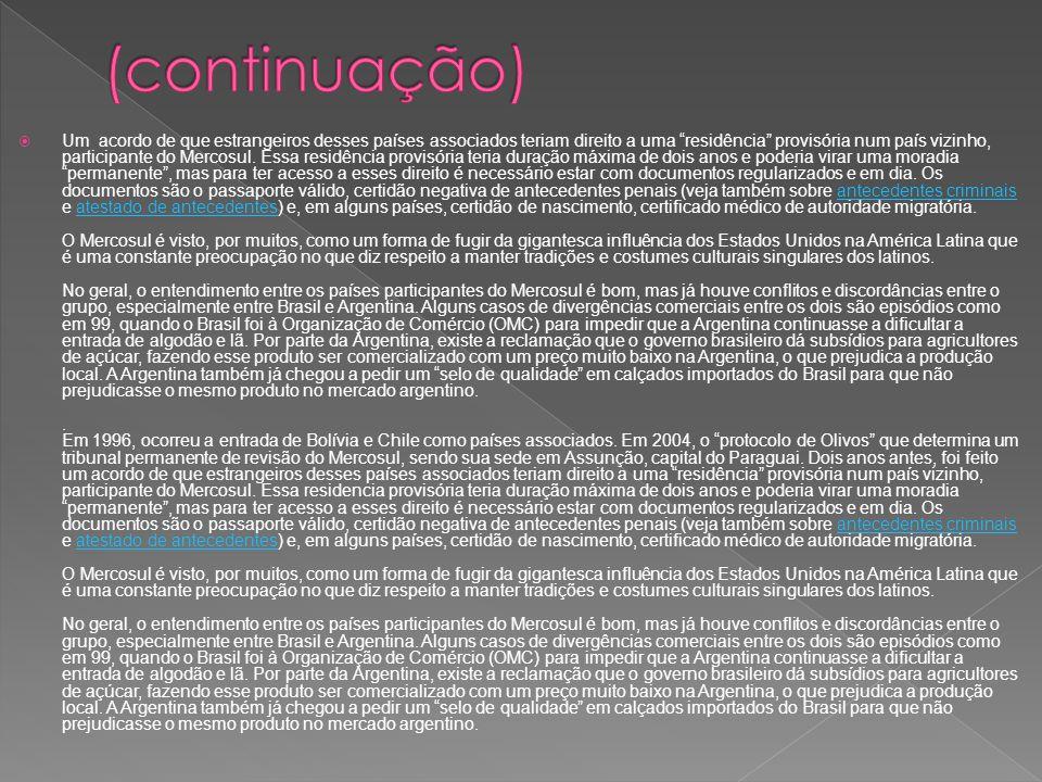 Objetivos: Analisar comparativamente as Constituições dos países que formam o Mercosul em relação ao interesse no processo de integração; Identificar os aspectos constitucionais dos Estados membros, principalmente do Brasil, que constituem entraves ao processo de integração; Identificar a amplitude da transferência de soberania no texto constitucional de cada Estado membro, com a criação de organizações supranacionais; Identificar o mecanismo dispensado pelos textos constitucionais quanto à integração e recepção das normas, tratados e convenções internacionais no Direito interno; Apresentar propostas para a conformação do ordenamento constitucional para o fortalecimento da integração, com base na análise do texto constitucional brasileiro.