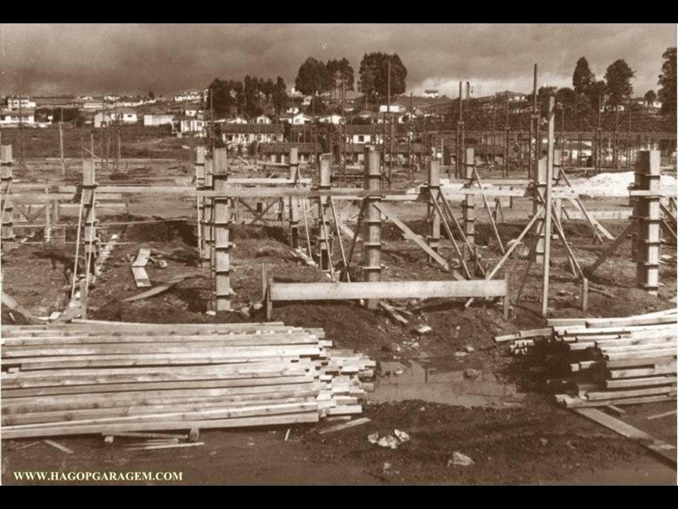 Inicio dos anos 40 - Começa a nascer a grande Fábrica