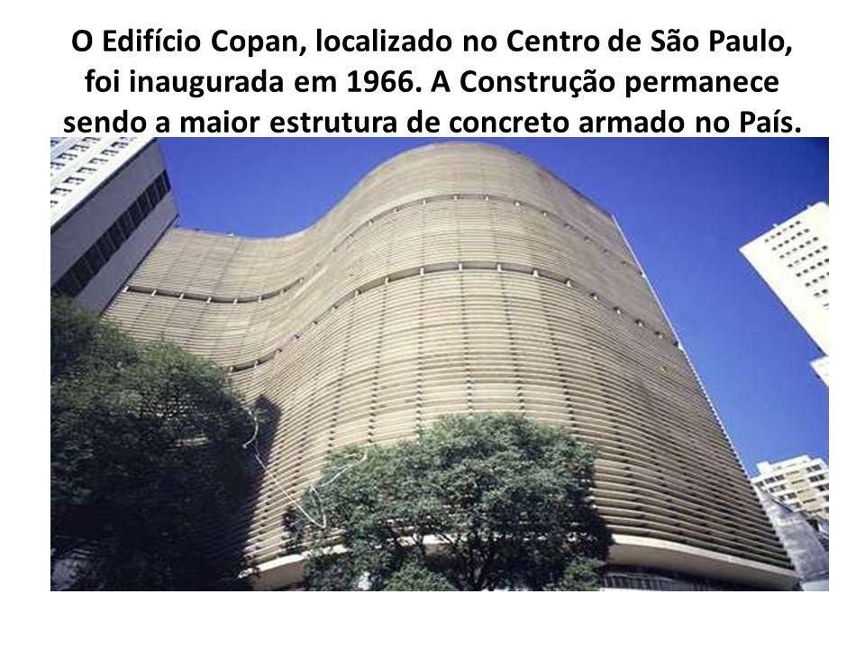 O Edifício Copan, localizado no Centro de São Paulo, foi inaugurada em 1966. A Construção permanece sendo a maior estrutura de concreto armado no País