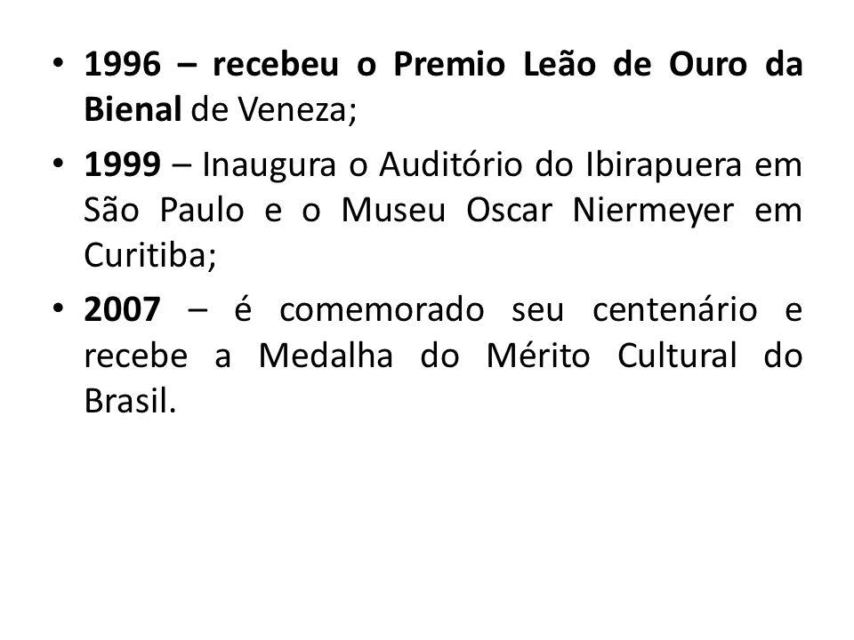1996 – recebeu o Premio Leão de Ouro da Bienal de Veneza; 1999 – Inaugura o Auditório do Ibirapuera em São Paulo e o Museu Oscar Niermeyer em Curitiba