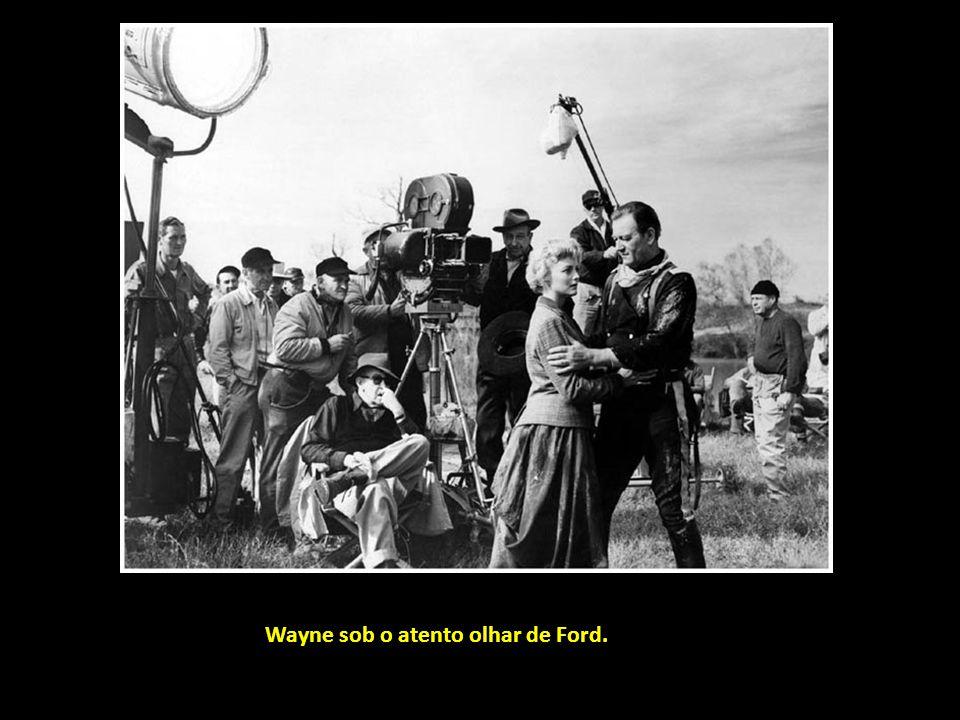 Seguimos com eventos, reunião de grandes: atrás, da esquerda para a direita, Robert Mulligan, William Wyler, George Cukor, Robert Wise, Jean Claude Ca