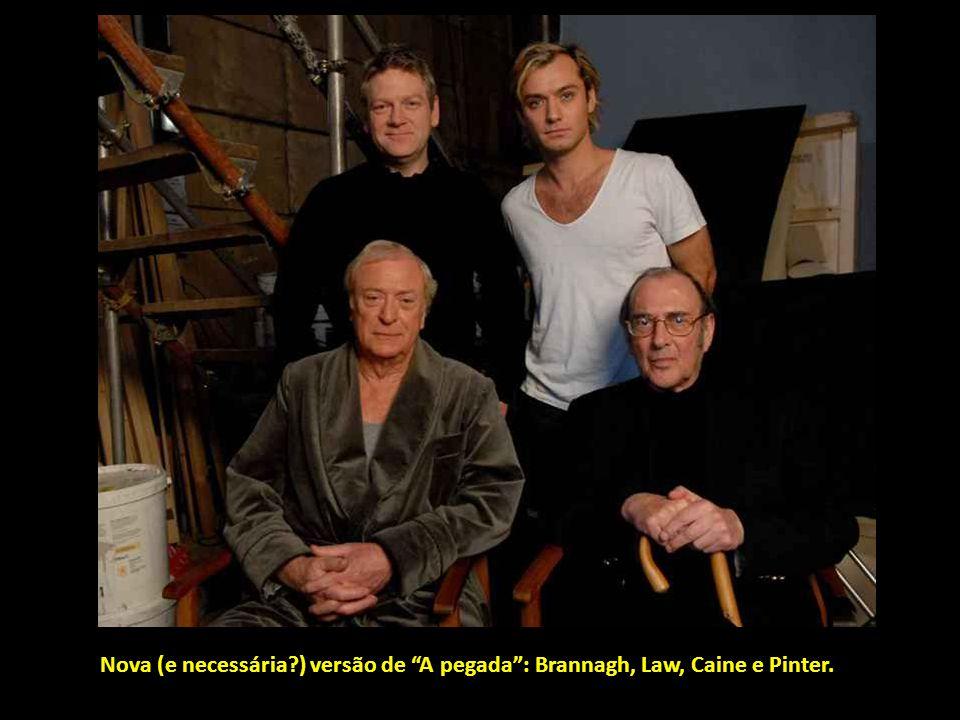 Bastante mais actual, Iñárritu conversa com Pitt na filmagem de Babel.