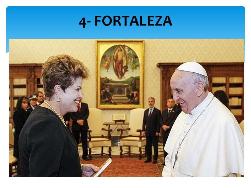 Jorge Bergoglio sempre soube cozinhar, lavar a roupa, tomar o autocarro e o metro. No dia seguinte a ser eleito Papa, foi à residência do clero recolh