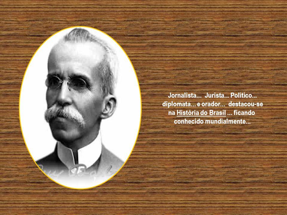 Aos 16 anos incompleto... iniciou o curso de Direito em Olinda - PE... concluindo-o na Faculdade de Direito de São Paulo.