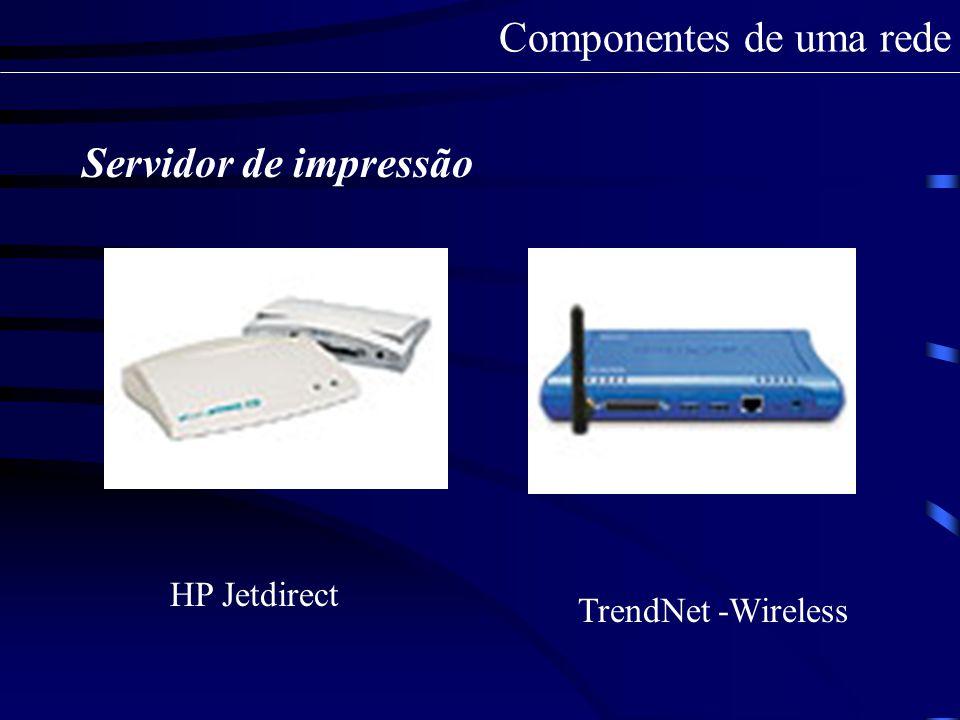 Servidor DHCP No Cliente: Para configurar um computador com o Sistema operacional Windows XP para ser um cliente DHCP, siga os passos indicados a seguir: 1- Faça o logon com a conta de Administrador na estação de trabalho; 2- Abra o Painel de controle: Iniciar -> Configurações -> Painel de controle; 3- Abra a opção Conexões de rede; 4- Clique com o botão direito do mouse na conexão de rede local e selecione propriedades da conexão de redes; 5- Posicione sobre o Protocolo TCP/IP, clique na opção propriedades; propriedades Componentes de uma rede