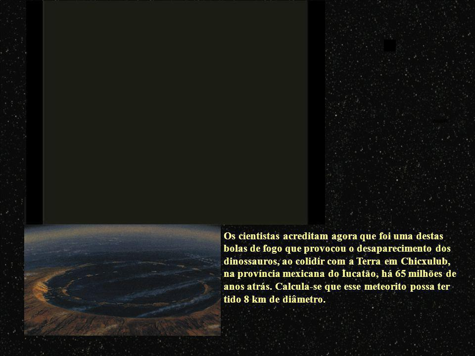 Aproximadamente duas vezes por semana, um meteoro do tamanho de uma almofada precipita-se sobre a Terra e explode com uma força igual à de uma bomba a