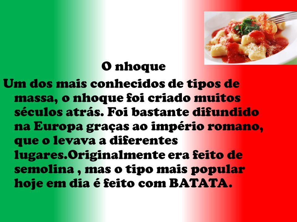 Hábitos e e c costumes Os italianos tinham vários hábitos e costumes.