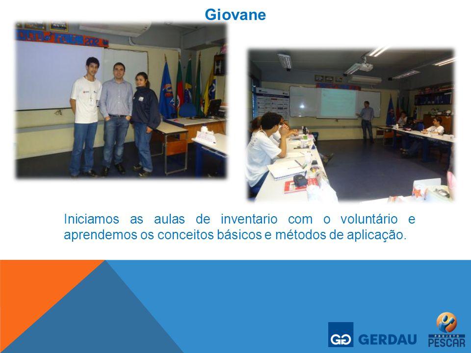 Giovane Iniciamos as aulas de inventario com o voluntário e aprendemos os conceitos básicos e métodos de aplicação.