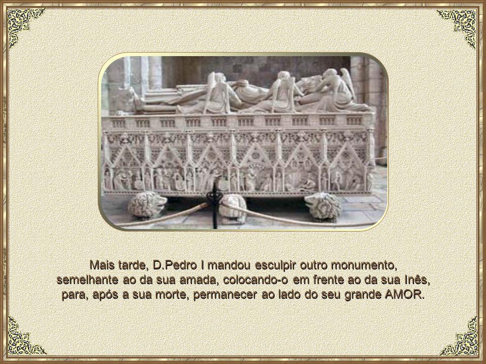 Majestosas honras lhe foram prestadas, sendo o caixão acompanhado por cavaleiros, fidalgos, muito povo, clero e donzelas e homens empunhando círios ac
