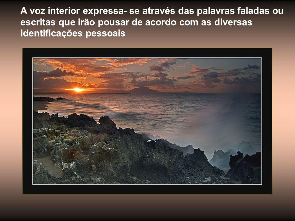 As palavras! As palavras, os ventos levam e trazem. Elas fluem pelo universo. Representam o meu desejo de expressão.