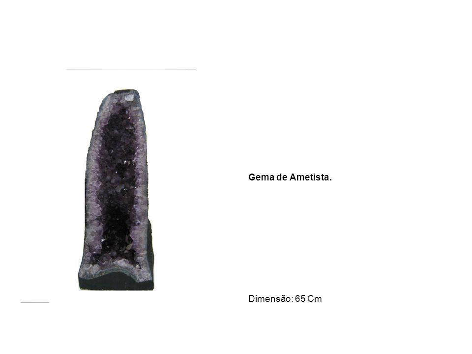 Fonte em Pedra Sabão. Dimensão: 1,40 Metros