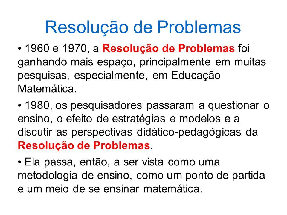 As matrizes de Referencia de Avaliação de Matemática estão estruturadas por anos e séries avaliadas.