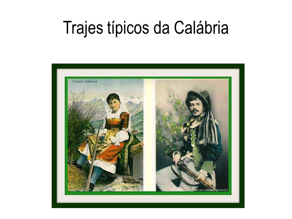 Trajes típicos da Calábria