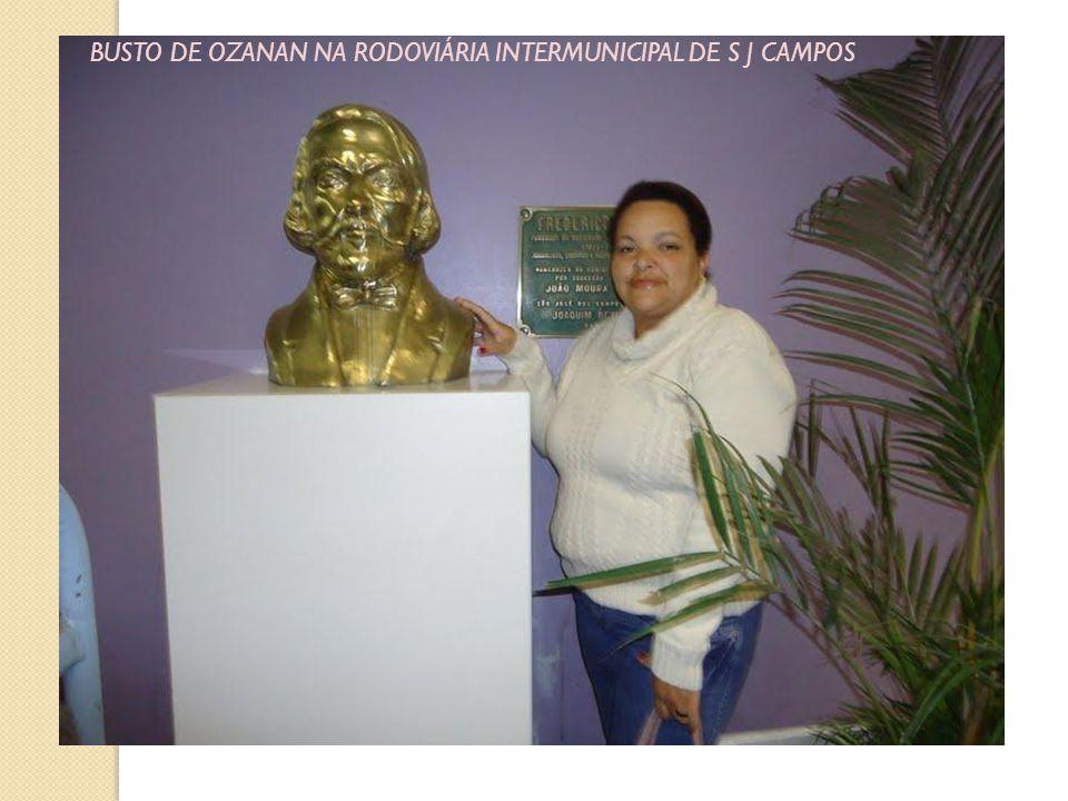 BUSTO DE OZANAN NA RODOVIÁRIA INTERMUNICIPAL DE S J CAMPOS