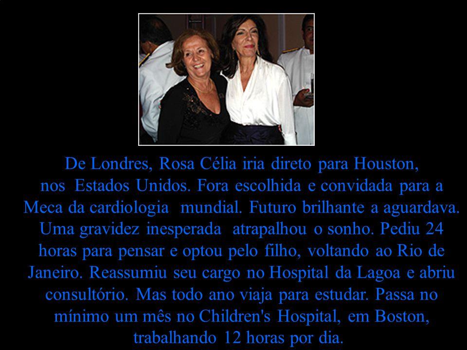 Adriane Galisteu está rica, mas não confia em ninguém, salvo na mãe. Nem nos amigos. Vejam: Eu não posso sair confiando nas pessoas. Não tenho motoris