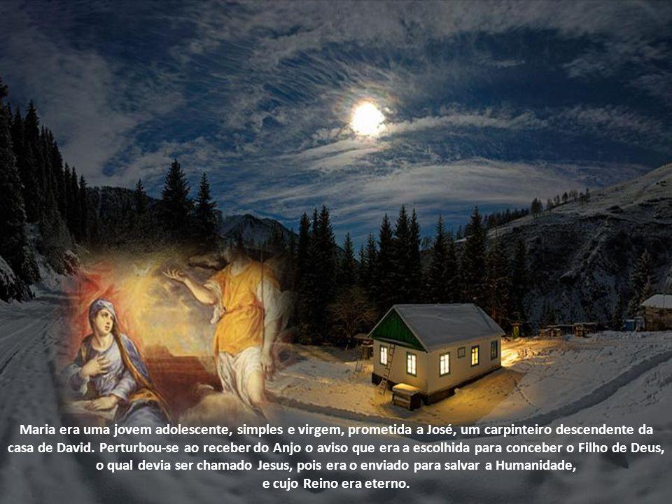 O AnjoSão Gabriel proferiu a oração que está sempre na boca e no coração de todos os fieis: a Ave Maria(Lc 1,28a) (a expressão Ave, ou em algumas vers