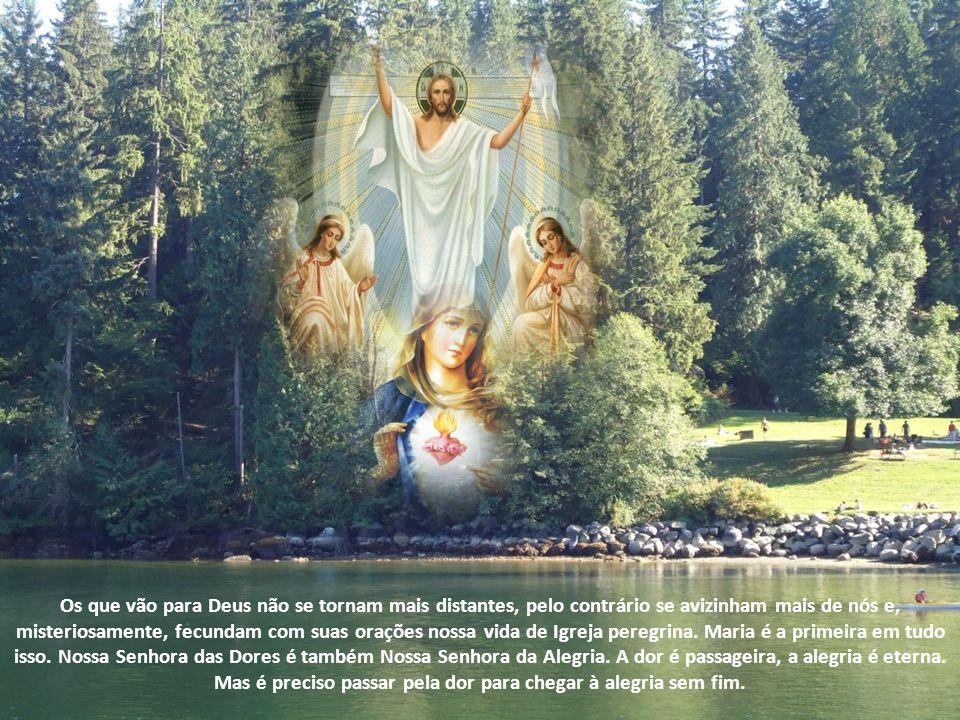 Maria, sempre repleta do Espírito, não foi ao sepulcro e não precisou das aparições. Ela estava unida com Jesus também no sábado e experimentou com El