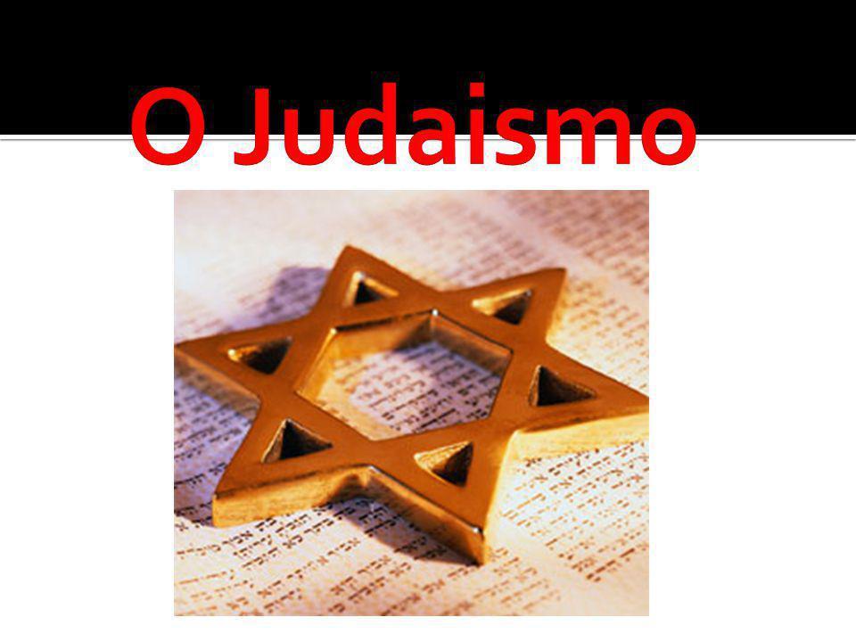 A História do judaísmo é a história de como desenvolveu-se a religião principal da comunidade judaica que ainda que não seja unificada Religiosidade judaica contém príncipios básicos que a distingue de outras religiões.