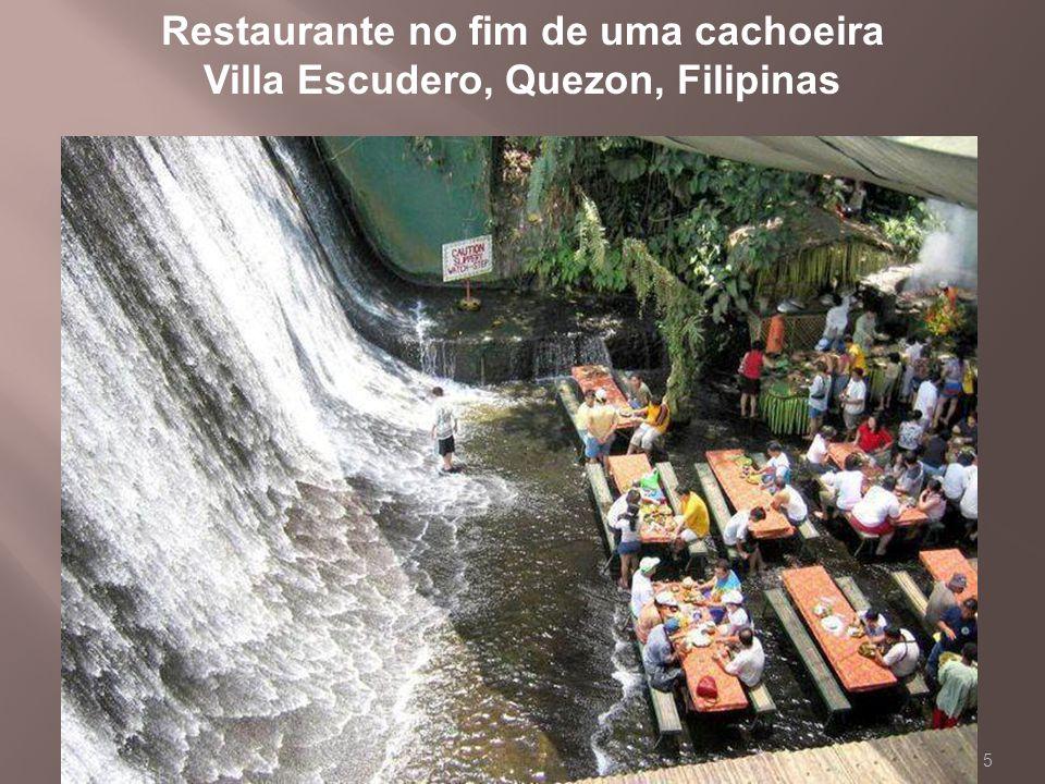 5 Restaurante no fim de uma cachoeira Villa Escudero, Quezon, Filipinas