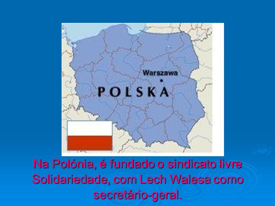 Na Polónia, é fundado o sindicato livre Solidariedade, com Lech Walesa como secretário-geral.
