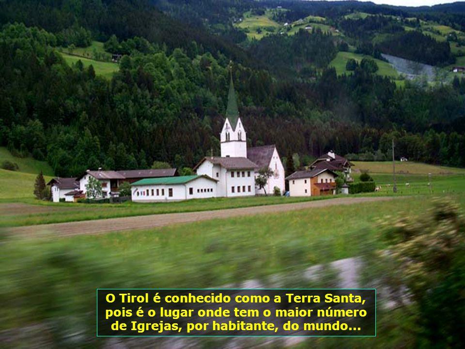 A qualidade do leite tirolês, é reconhecida em toda comunidade européia, dada a pureza da sua água, o vigor de suas pastagens e a saúde dos animais. E